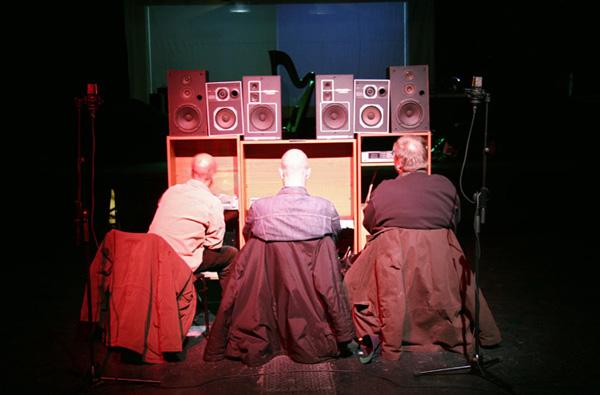 3 Stereos (Foto: Avanto/Satu Haavisto)