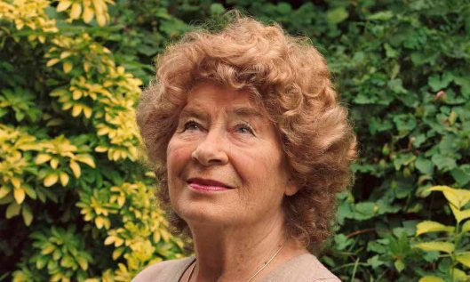 shirley-collins_eva-vermandel_1200